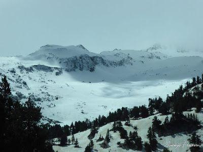P1040223 - Mayo y vuelve la nieve al Valle de Benasque.