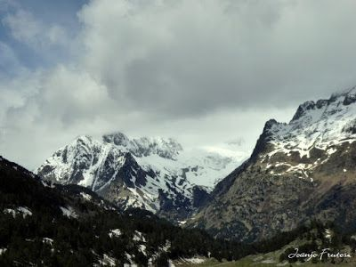 P1040229 - Mayo y vuelve la nieve al Valle de Benasque.