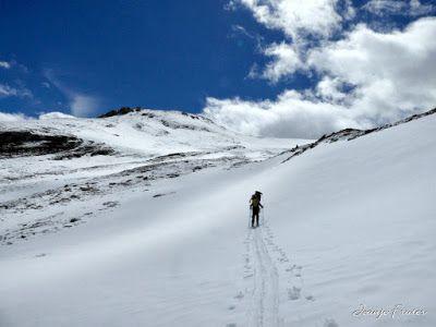 P1040282 fhdr 001 - Nos ha nevado en el pico de Castanesa, Valle de Benasque.