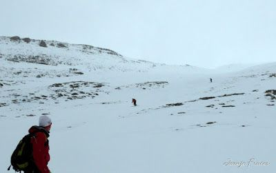 P1040320 - Nos ha nevado en el pico de Castanesa, Valle de Benasque.
