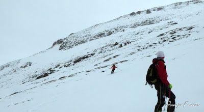 P1040322 - Nos ha nevado en el pico de Castanesa, Valle de Benasque.