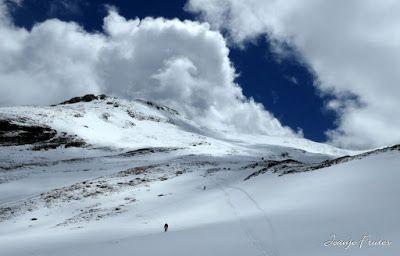 P1040370 - Nos ha nevado en el pico de Castanesa, Valle de Benasque.