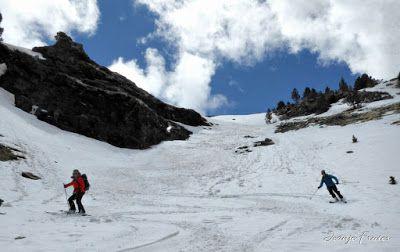 P1040419 fhdr 001 - Nos ha nevado en el pico de Castanesa, Valle de Benasque.