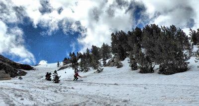 P1040423 fhdr 001 - Nos ha nevado en el pico de Castanesa, Valle de Benasque.