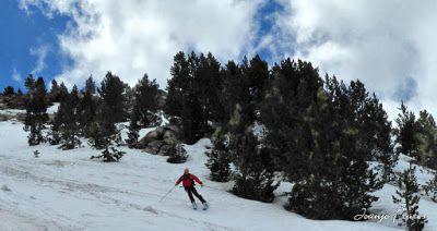P1040424 fhdr 001 - Nos ha nevado en el pico de Castanesa, Valle de Benasque.