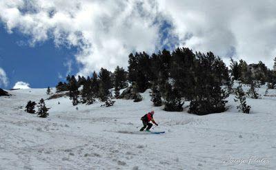 P1040425 fhdr 001 - Nos ha nevado en el pico de Castanesa, Valle de Benasque.