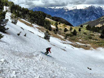 P1040428 fhdr 001 - Nos ha nevado en el pico de Castanesa, Valle de Benasque.