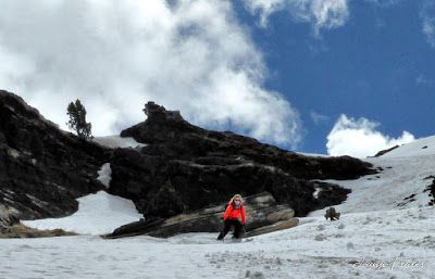 P1040432 fhdr 001 - Nos ha nevado en el pico de Castanesa, Valle de Benasque.