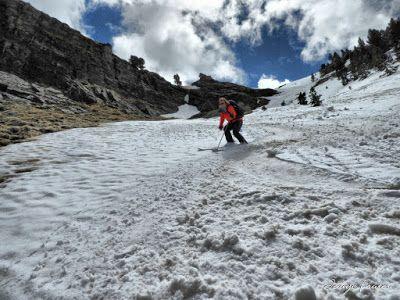 P1040436 fhdr 001 - Nos ha nevado en el pico de Castanesa, Valle de Benasque.