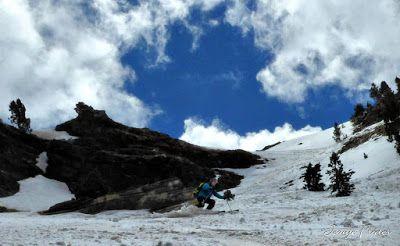 P1040442 fhdr 001 - Nos ha nevado en el pico de Castanesa, Valle de Benasque.