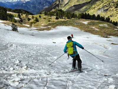 P1040446 fhdr 001 - Nos ha nevado en el pico de Castanesa, Valle de Benasque.