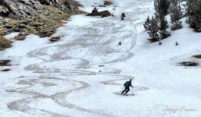 P1040457 fhdr 001 - Nos ha nevado en el pico de Castanesa, Valle de Benasque.