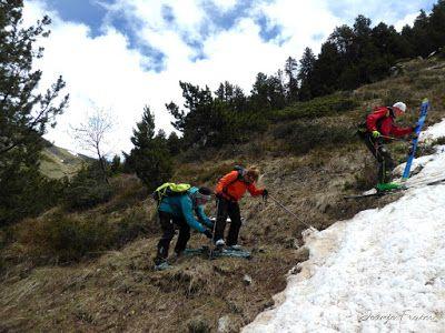 P1040492 - Nos ha nevado en el pico de Castanesa, Valle de Benasque.