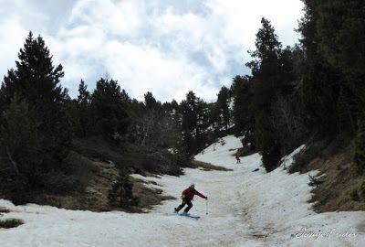 P1040504 - Nos ha nevado en el pico de Castanesa, Valle de Benasque.