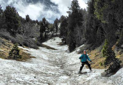 P1040527 fhdr 001 - Nos ha nevado en el pico de Castanesa, Valle de Benasque.