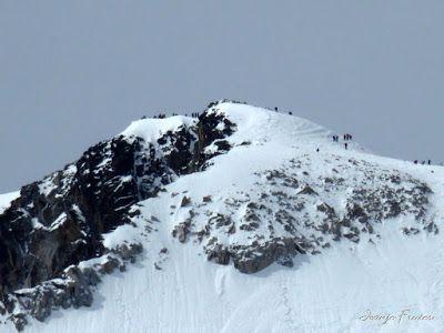 P1040841 - Romería en el Aneto, vistas desde Aigualluts, Pirineo.