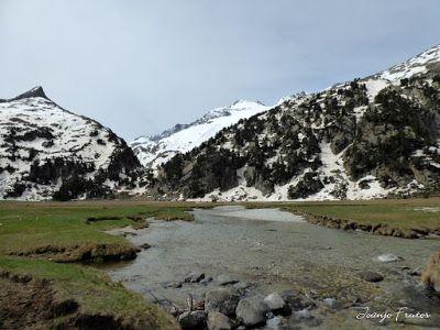 P1040843 - Romería en el Aneto, vistas desde Aigualluts, Pirineo.