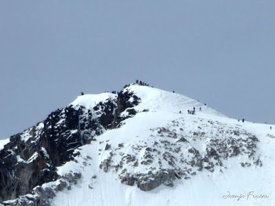 P1040857 1 - Romería en el Aneto, vistas desde Aigualluts, Pirineo.