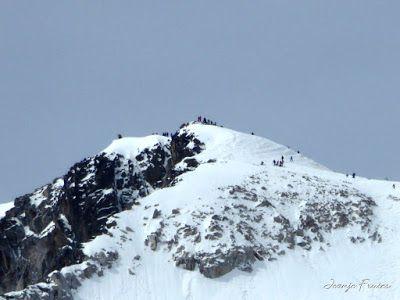 P1040857 - Romería en el Aneto, vistas desde Aigualluts, Pirineo.