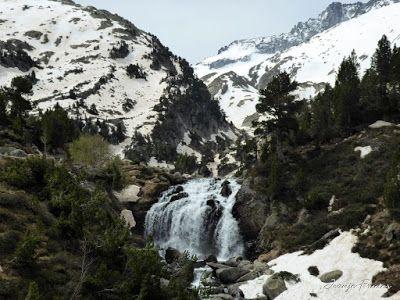 P1040860 - Romería en el Aneto, vistas desde Aigualluts, Pirineo.