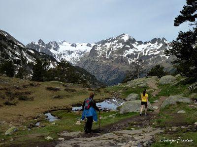 P1040866 - Romería en el Aneto, vistas desde Aigualluts, Pirineo.