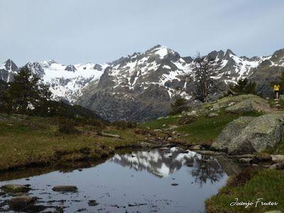 P1040870 - Romería en el Aneto, vistas desde Aigualluts, Pirineo.