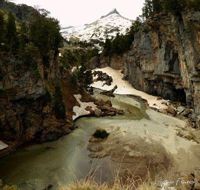 Panorama1 001 - Romería en el Aneto, vistas desde Aigualluts, Pirineo.