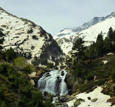 Panorama3 001 - Romería en el Aneto, vistas desde Aigualluts, Pirineo.
