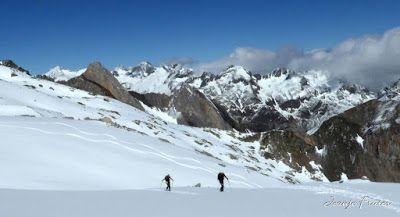 P1040756 - Ocho meses con esquís en el Valle de Benasque. Resumen.
