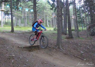 P1070441 - Bike Park VallNord que divertido ...