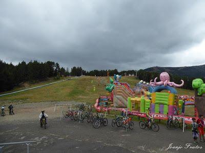 P1070443 - Bike Park VallNord que divertido ...