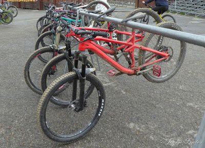 P1070446 - Bike Park VallNord que divertido ...
