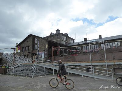 P1070447 - Bike Park VallNord que divertido ...