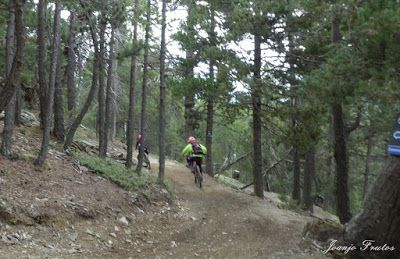 P1070456 - Bike Park VallNord que divertido ...