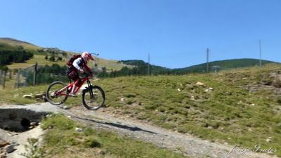 P1070536 - Sigo pedaleando, una semana con enduro, ahora Valle de Benasque.
