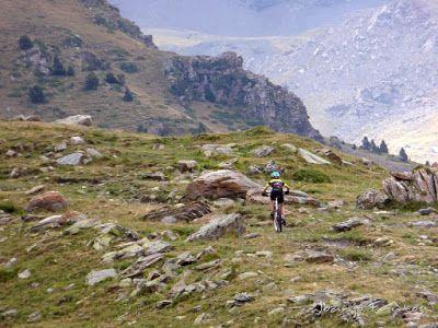 P1070893 - Las Tres Cascadas de Ardonés en pedales cerca de Cerler.