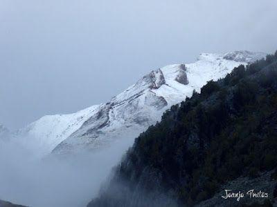 P1080034 - Llega la nieve y es septiembre en Cerler, Valle de Benasque