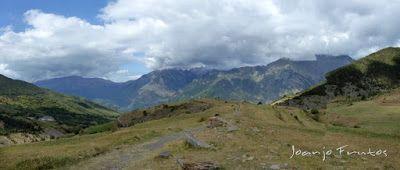 Panorama3 1 - Las Tres Cascadas de Ardonés en pedales cerca de Cerler.