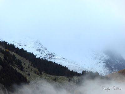 """P1080455 - Del """"veroño"""" a ver nieve de nuevo en el Valle de Benasque."""