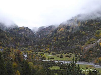 """P1080457 - Del """"veroño"""" a ver nieve de nuevo en el Valle de Benasque."""