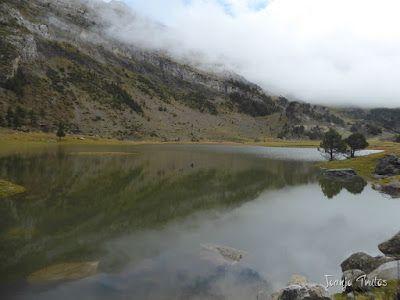 """P1080463 - Del """"veroño"""" a ver nieve de nuevo en el Valle de Benasque."""