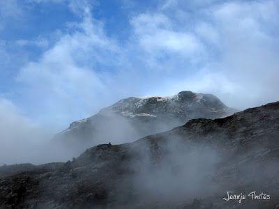 """P1080465 - Del """"veroño"""" a ver nieve de nuevo en el Valle de Benasque."""