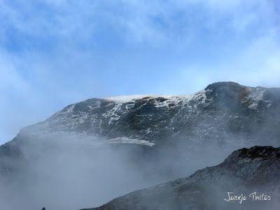 """P1080466 - Del """"veroño"""" a ver nieve de nuevo en el Valle de Benasque."""