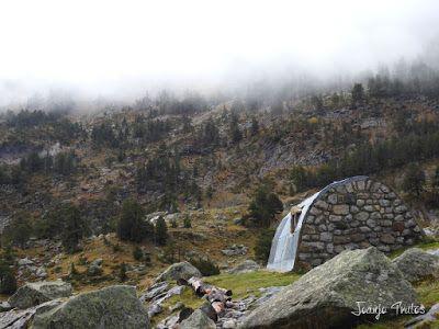"""P1080474 - Del """"veroño"""" a ver nieve de nuevo en el Valle de Benasque."""