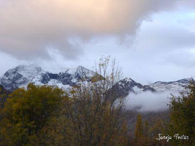 """P1080519 - Del """"veroño"""" a ver nieve de nuevo en el Valle de Benasque."""