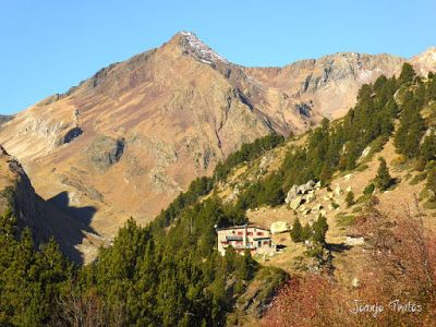 P1080633 - Valle de Estós recorrido con pedales. Pirineo Aragonés.