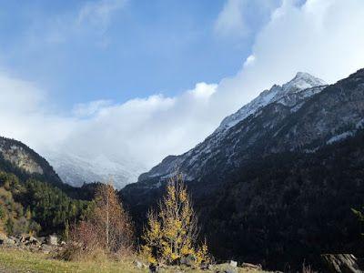 P1090011 - Noviembre en el Valle de Benasque dos ambientes...