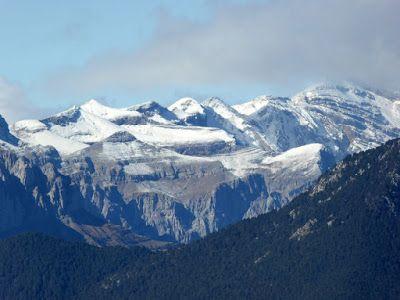 P1090041 - Noviembre en el Valle de Benasque dos ambientes...