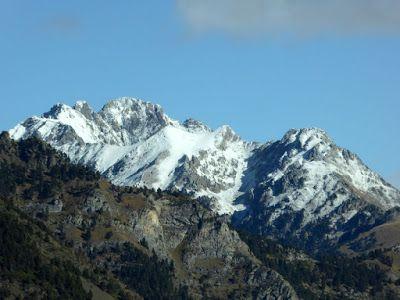 P1090053 - Noviembre en el Valle de Benasque dos ambientes...