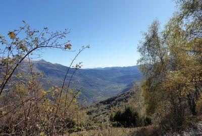P1090057 - Noviembre en el Valle de Benasque dos ambientes...